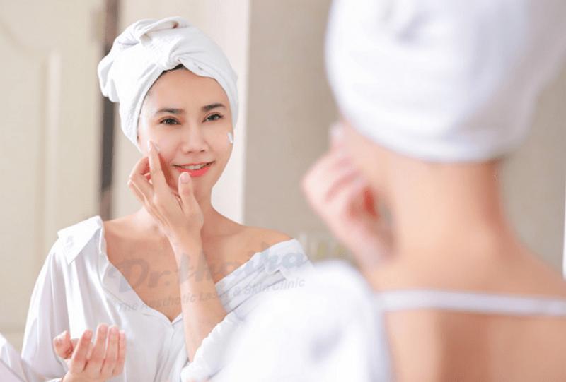 6 gợi ý để bạn chăm sóc làn da khô hiệu quả hơn mỗi ngày